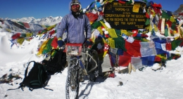 biking-thorong-la-pass