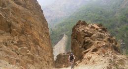 rocky-trails