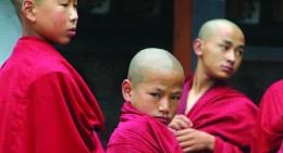 Bhutan-monks