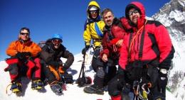 Island-Peak-summit