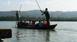 Boating-in-Rapti-river-Chitwan