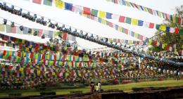 Prayer-Flags-in-Lumbini