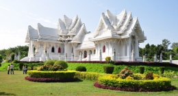 Royal-Thai-Temple-Lumbini-Nepal