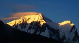 sunrise-on-mountains