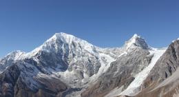Frontal-Mountain-View