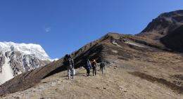 Yala-Peak-Base-Camp-Trail